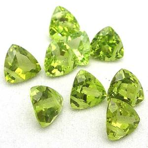 peridot-triangles-787209