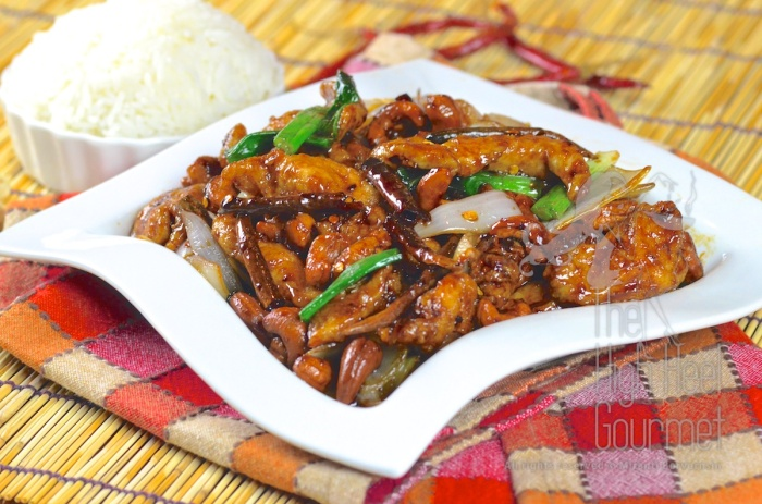 thai-chicken-with-cashew-nuts-gai-pad-med-ma-muang-16
