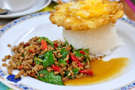 whattoeat-thailand-padkrapow